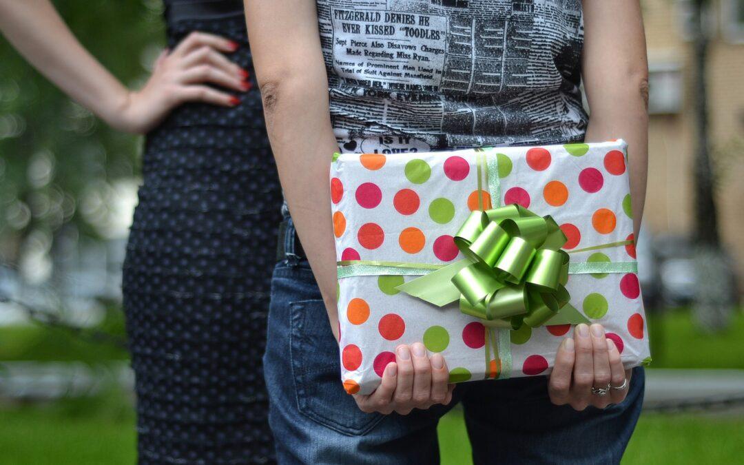 Szukasz prezentu na Dzień Kobiet lub Dzień Mężczyzn? Podpowiadam!